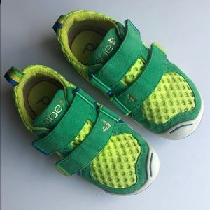 Plae Kelly Green Ty Toddler 8